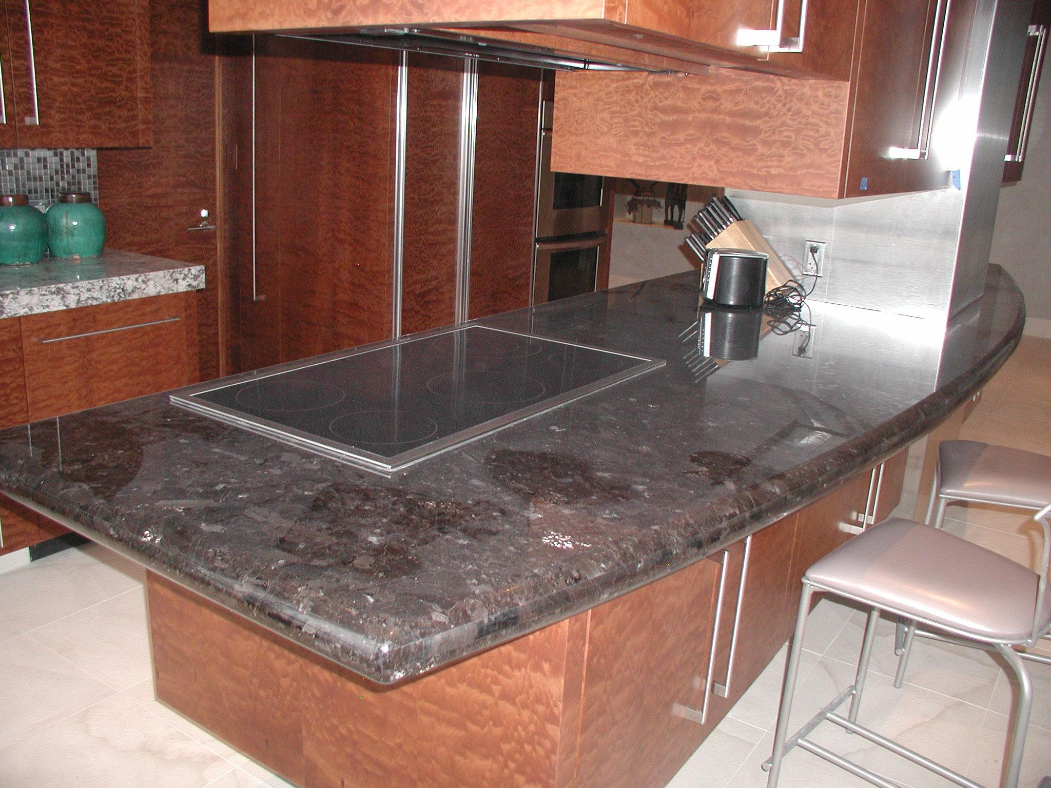 Perfect Granite Kitchen Island with Cooktop 2048 x 1536 · 502 kB · jpeg